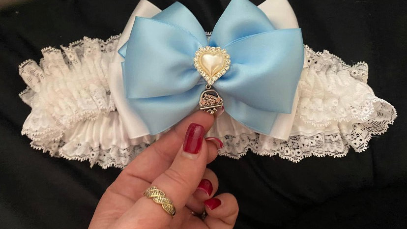 Just married charm blue and ivory garter