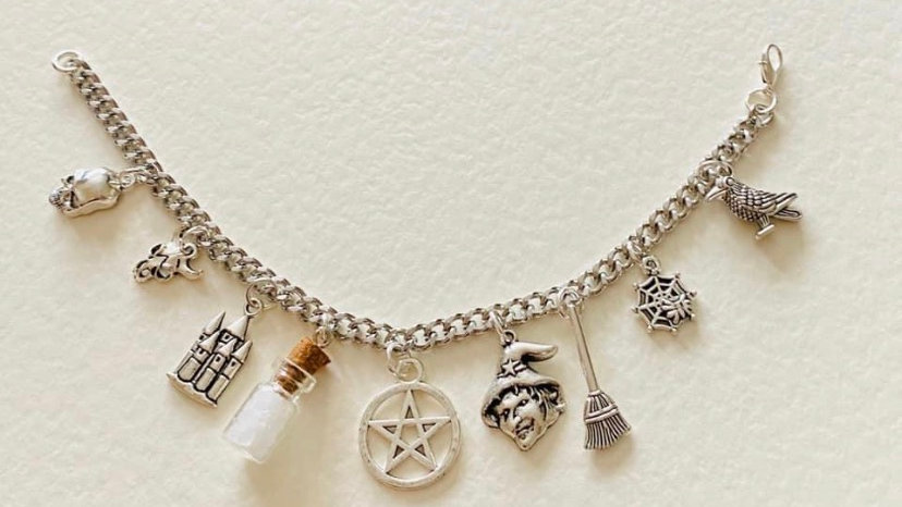 Protection witch bracelet