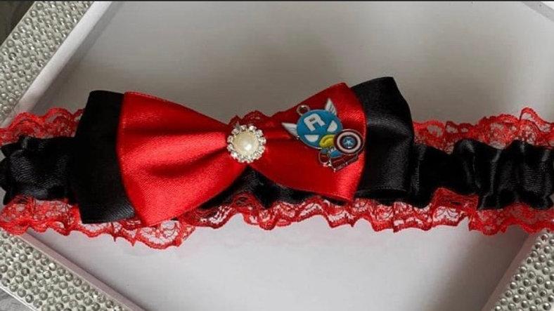 Captain America's themed garter
