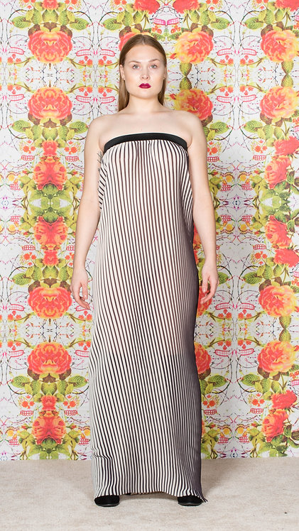 PLEATED TUBE DRESS