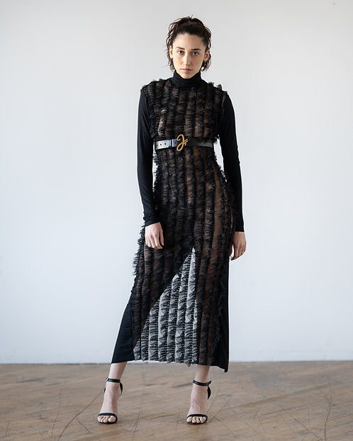 SMOOTH RUFFLE DRESS