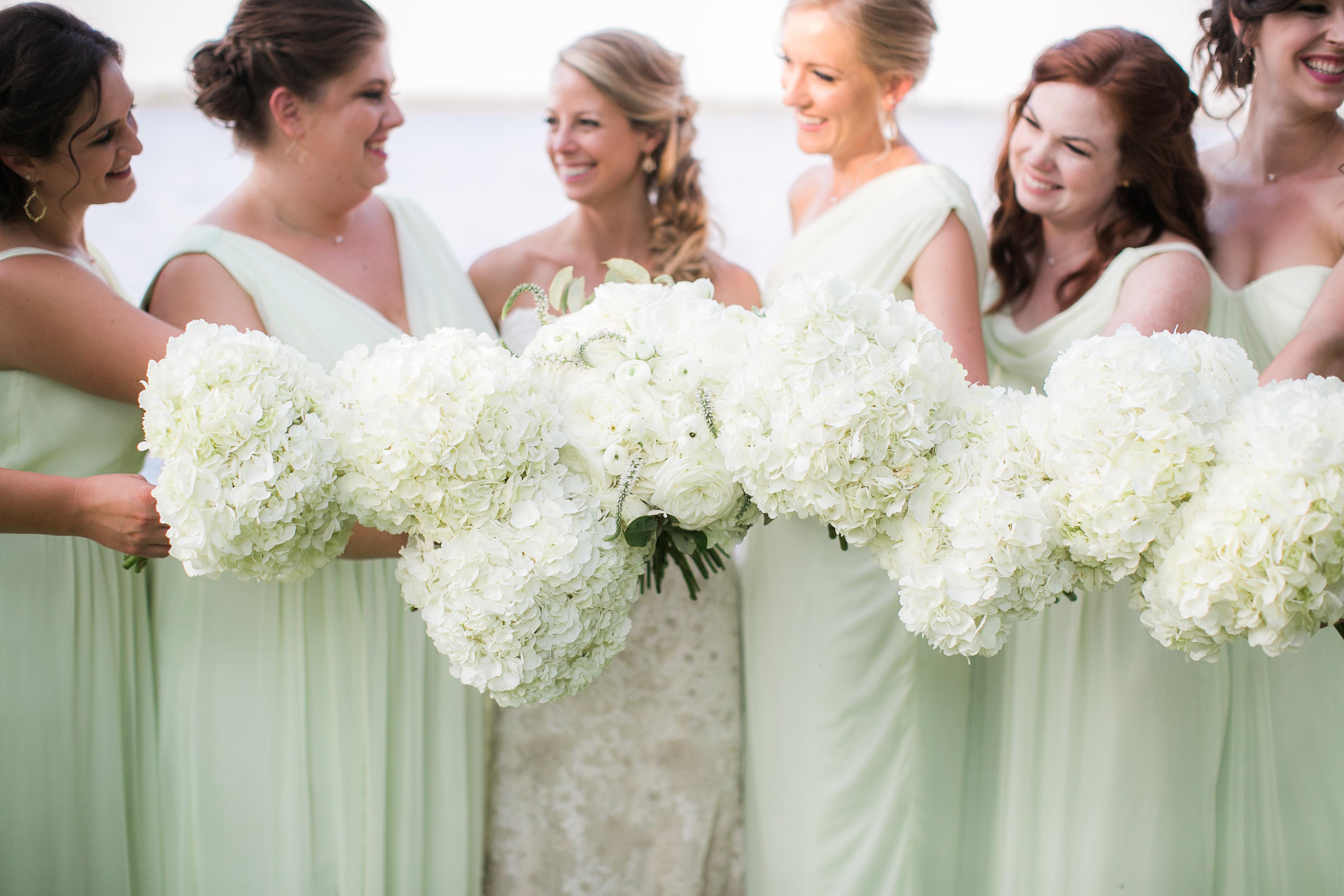 bridesmaids bouquets