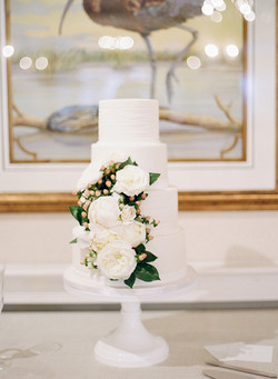 4 tier wedding cake fresh flowers