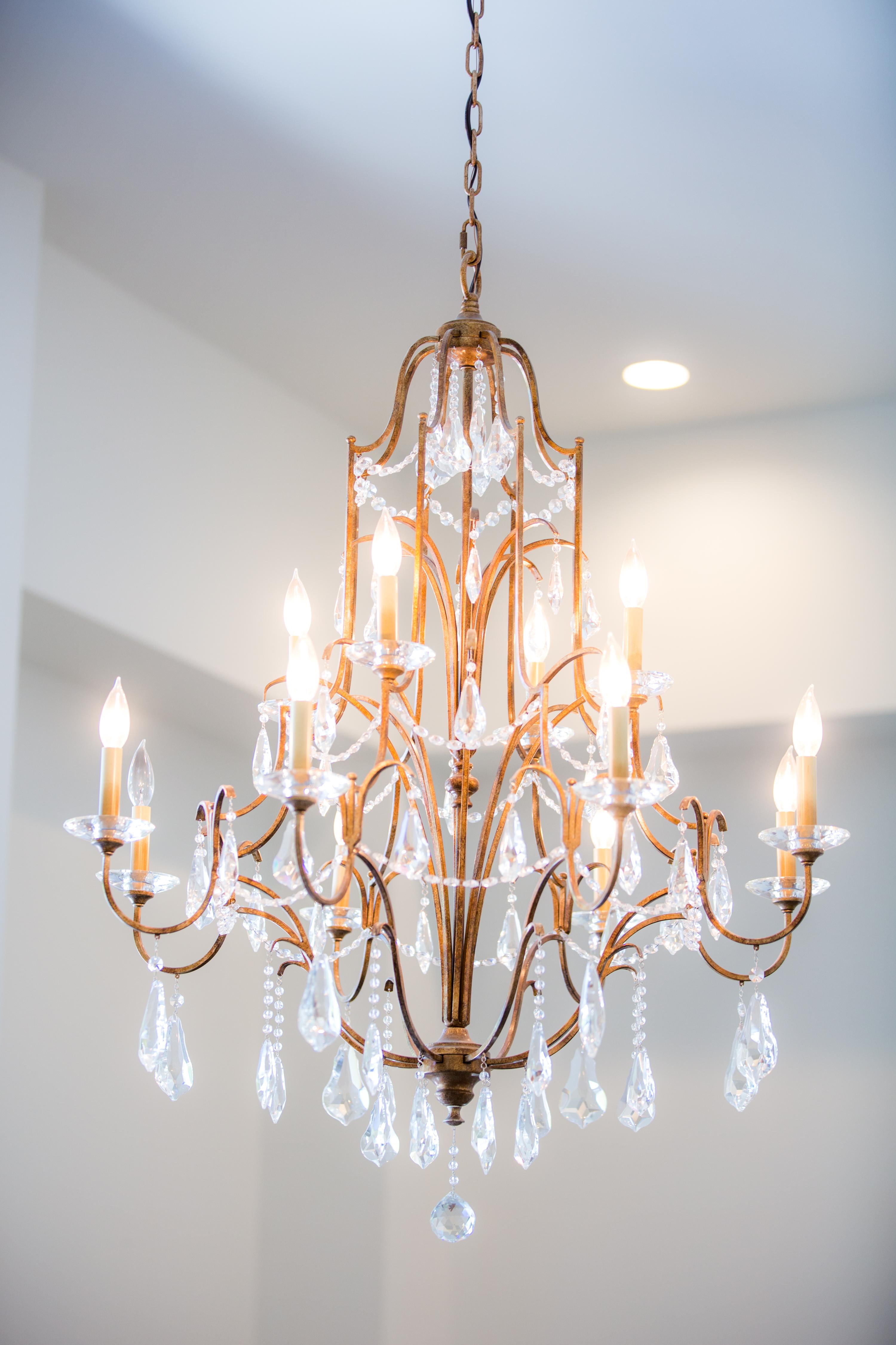 chandelier at wrightsville manor