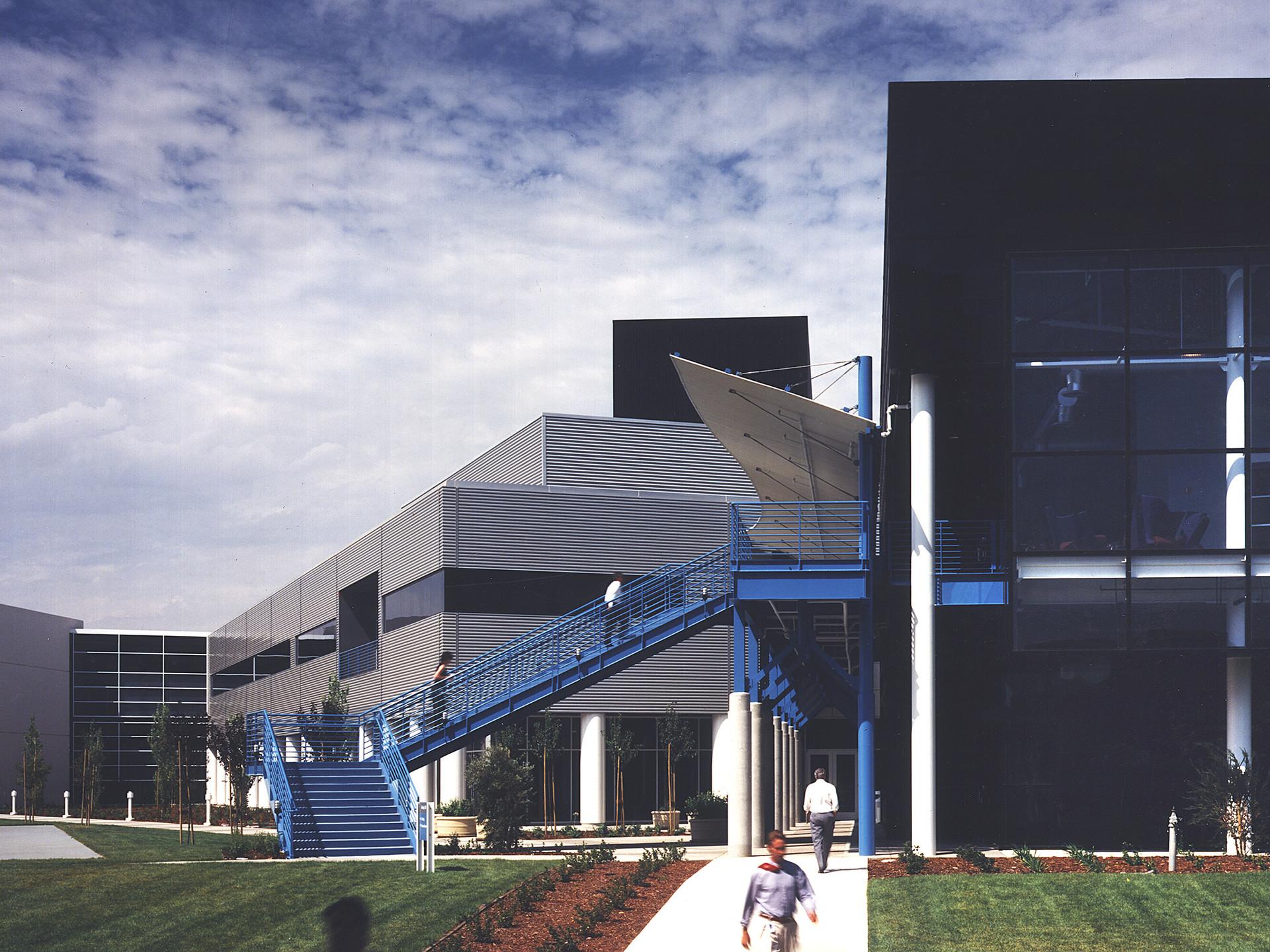 3Com Building 500