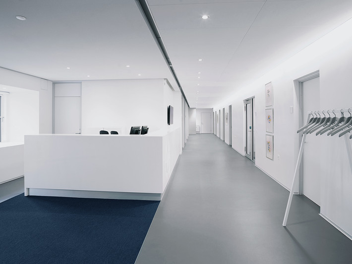 Awapatent Offices