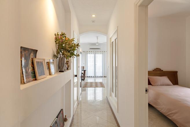 Chic Parisian_ Hallway & Small bedroom