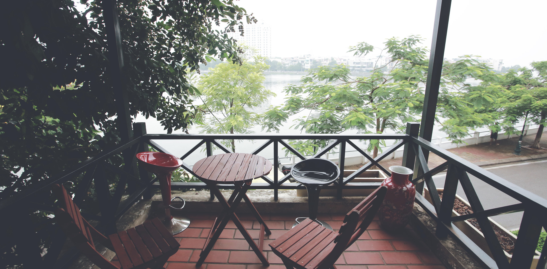 Lakeview balcony