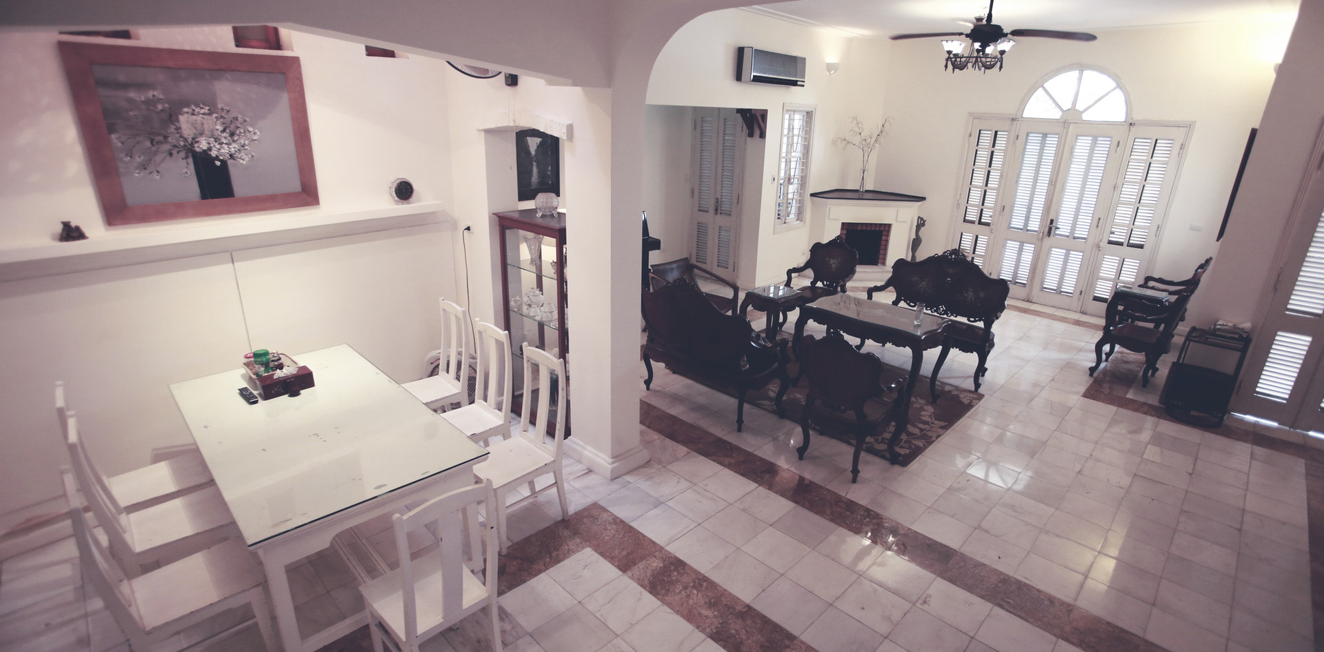 Townhouse dining area