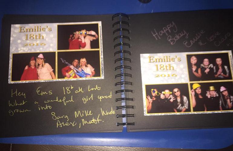Pink Giraffe Photobooth Guest Book