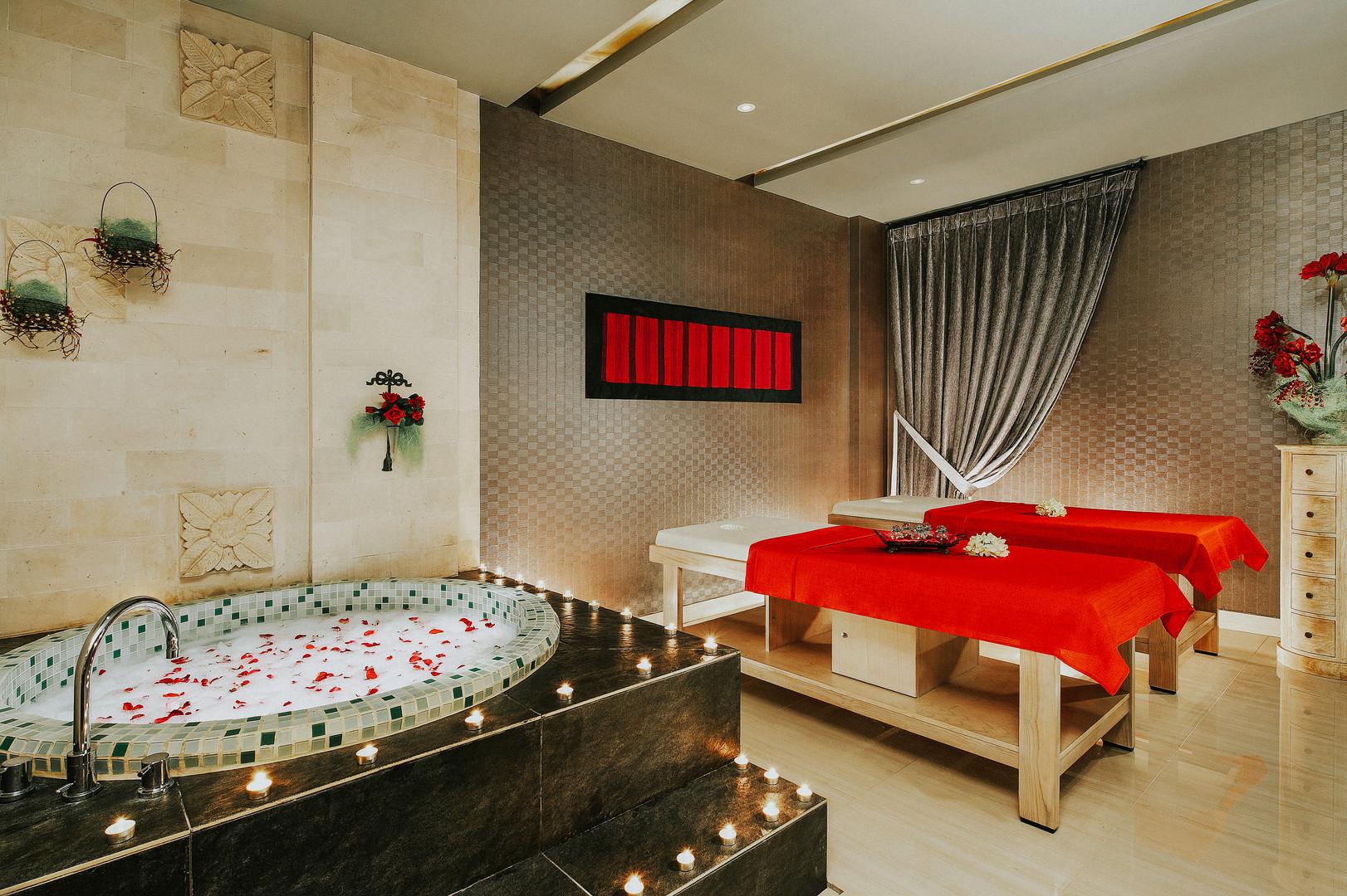Private Couple Spa Room