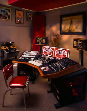 Red Tuxedo Mastering Studio