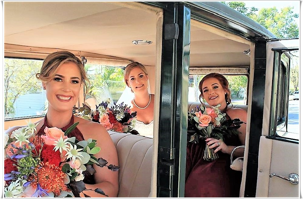 Bonnie wedding car