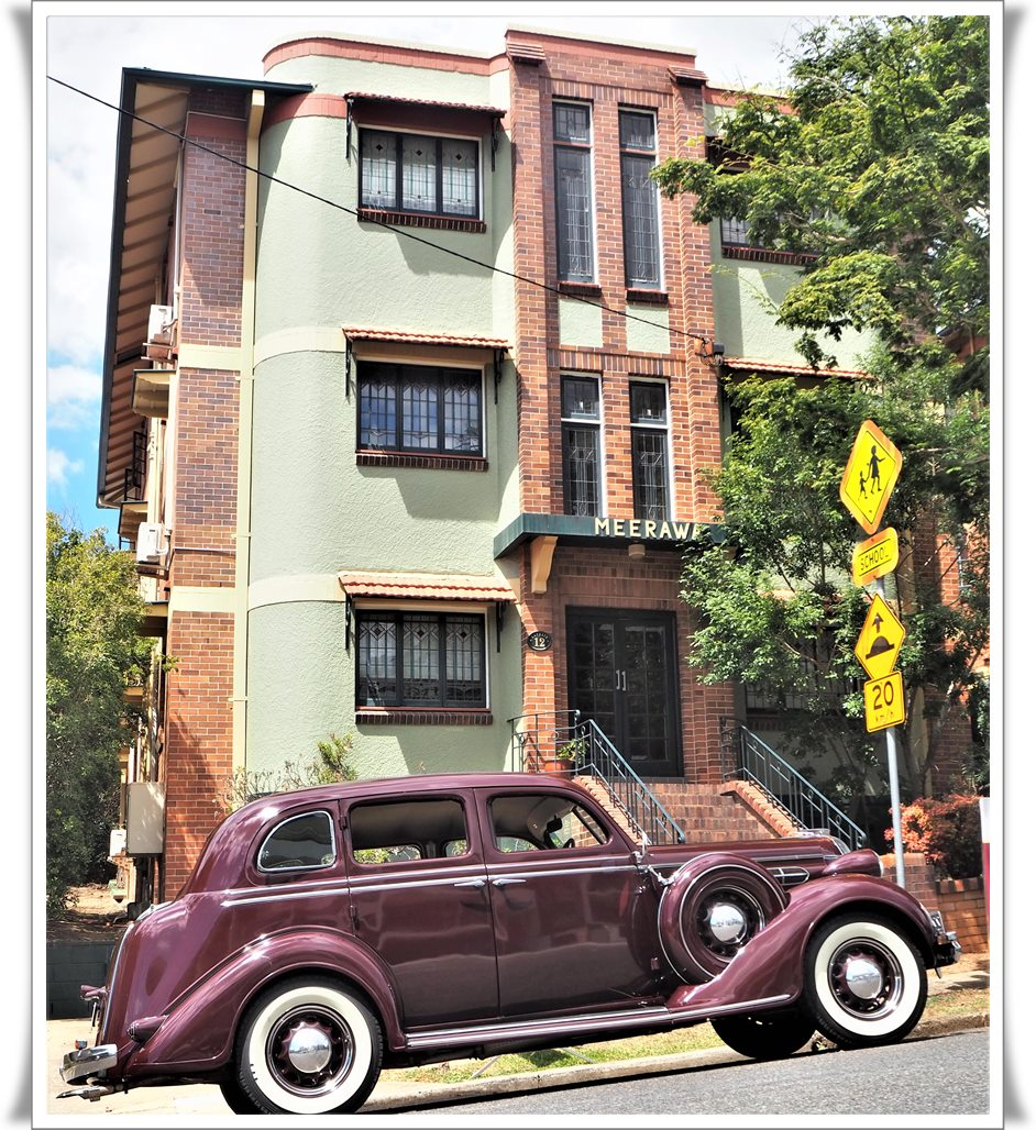 Capone Brisbane Art deco car