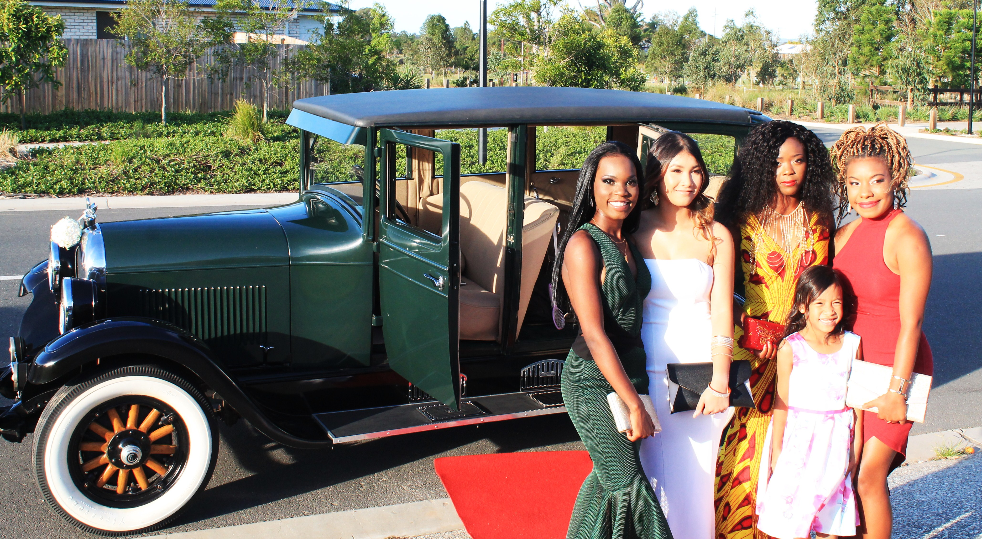 Vintage Limo formal hire