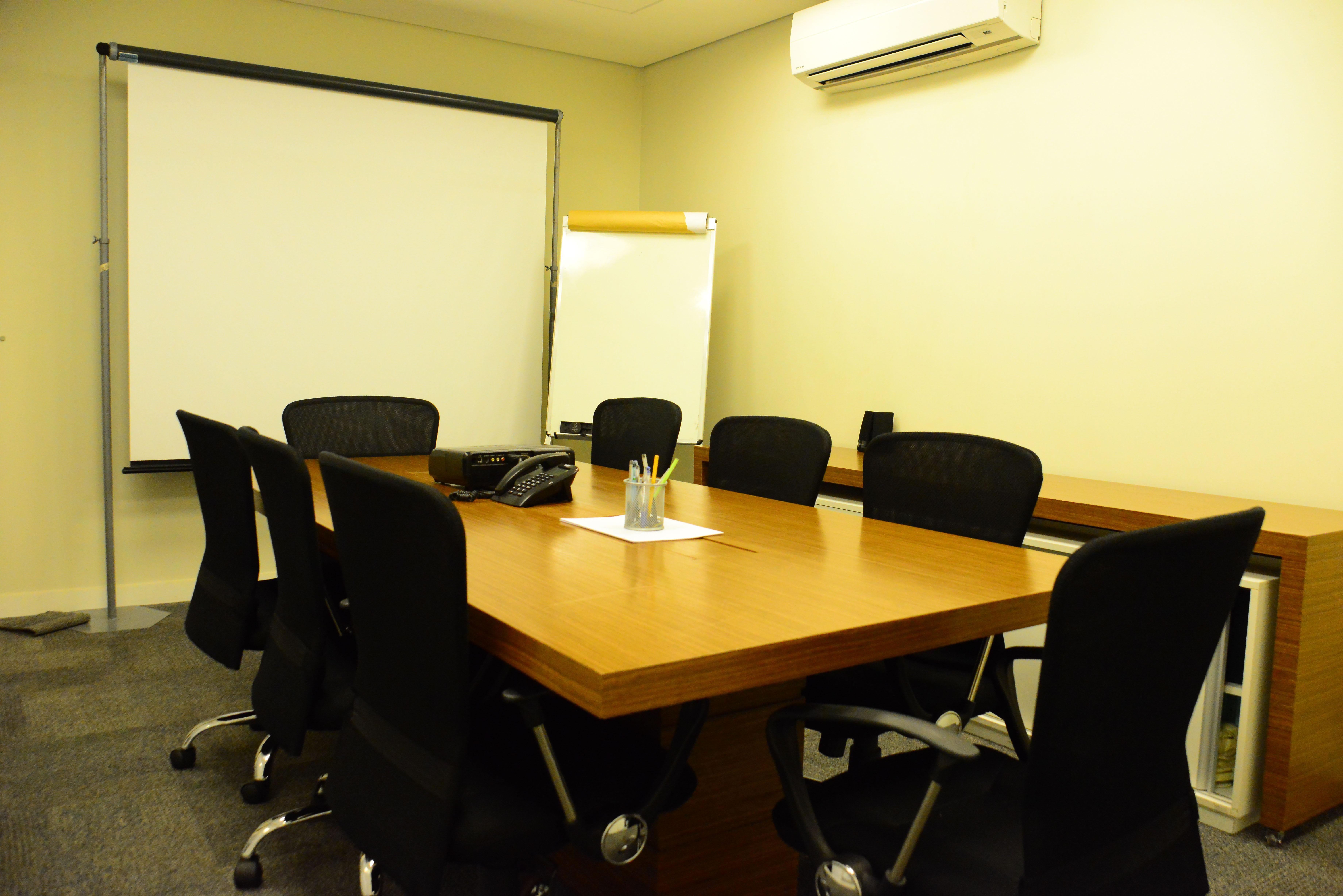 Sala para até 8 pessoas