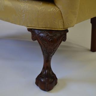 3_4 view detail of leg