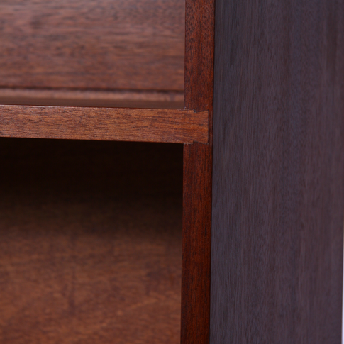 detail of shelf dovetailed to side