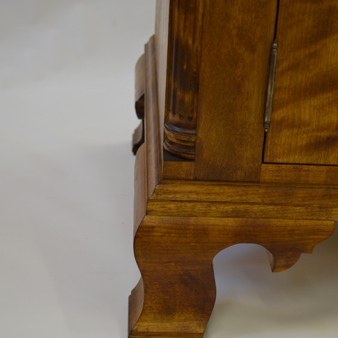 foot and quarter column detail
