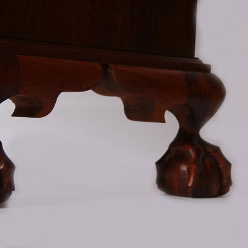 detail of feet