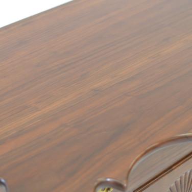 detail of top