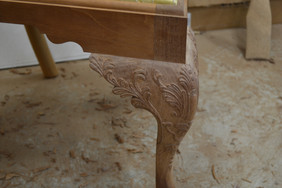 finished-knee-carving