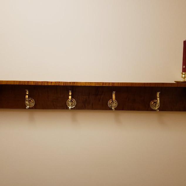 Shelf In Situ With Hooks