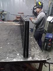 Изготовление раздвижных дверей из металла