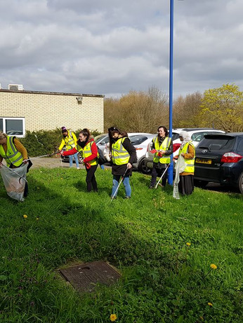 26 March 2019. Great British Spring Clean at the Latton Bush Centre.