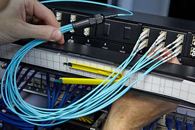 close_up_fibre_install_2.jpg