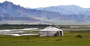 yurt-486866.jpg