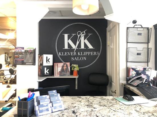 Klever Klippers Salon Mural