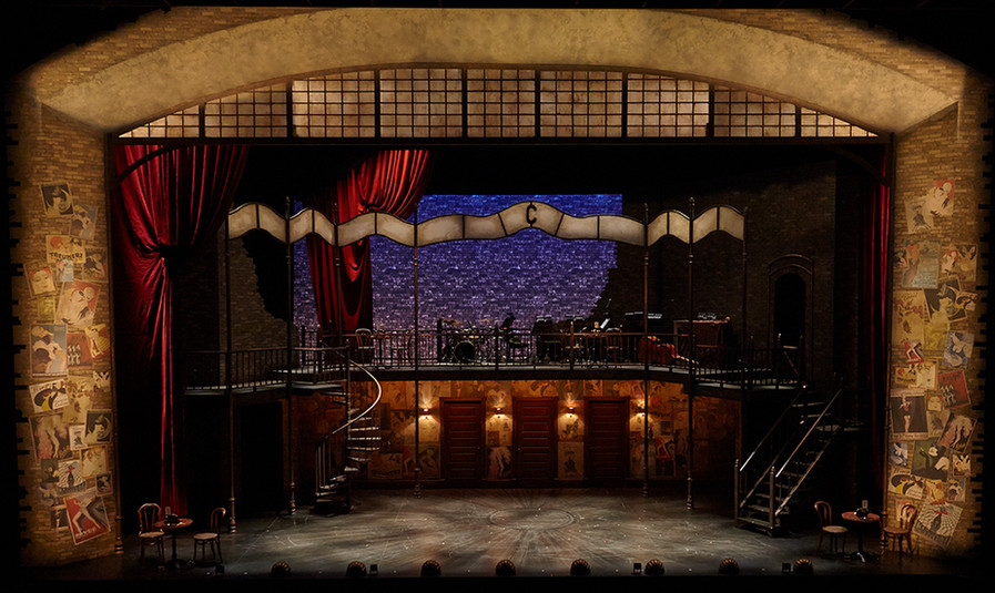 Cabaret Set