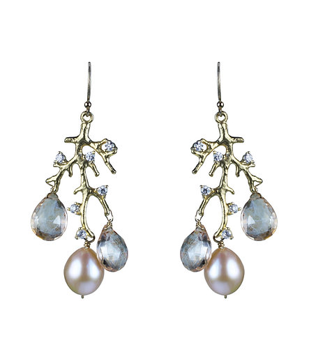 Branch Earrings in Pearl
