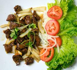 Vietnamese-Beef-diced-steak-with-veggies