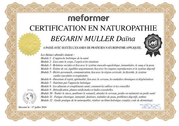 Diplome PRATICIENNE EN NATUROPATHIE .jpg