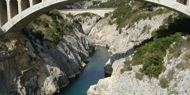 Ponts_Herault_domaine-public.jpg