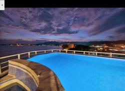 Swimmingpool sunset HSN