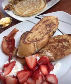 Lateral Cafe & Bistro Breakfast
