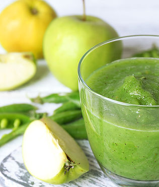 green smoothie apples beans