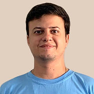 Gustavo_edited.jpg