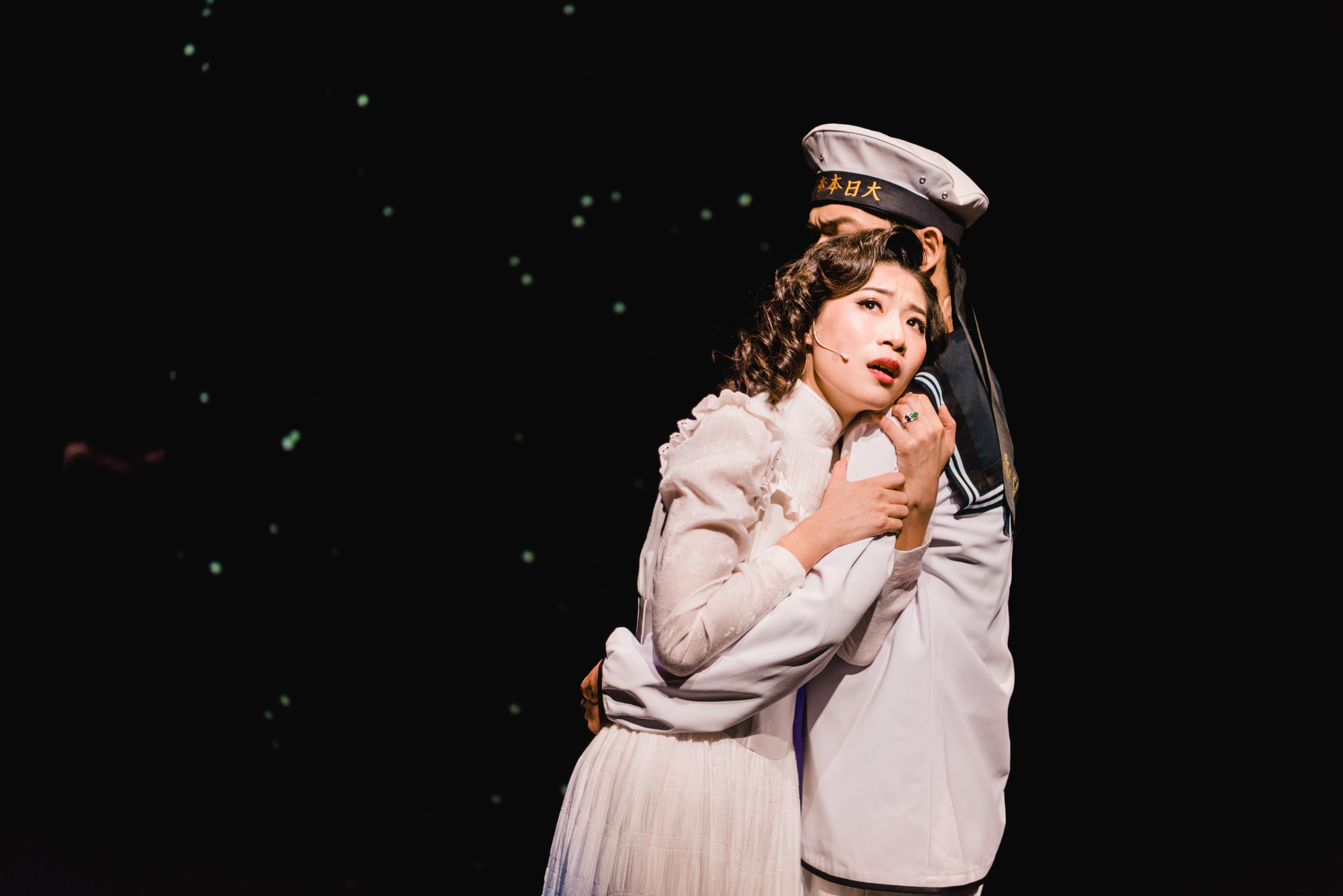 《瑪莉皇后的禮服》