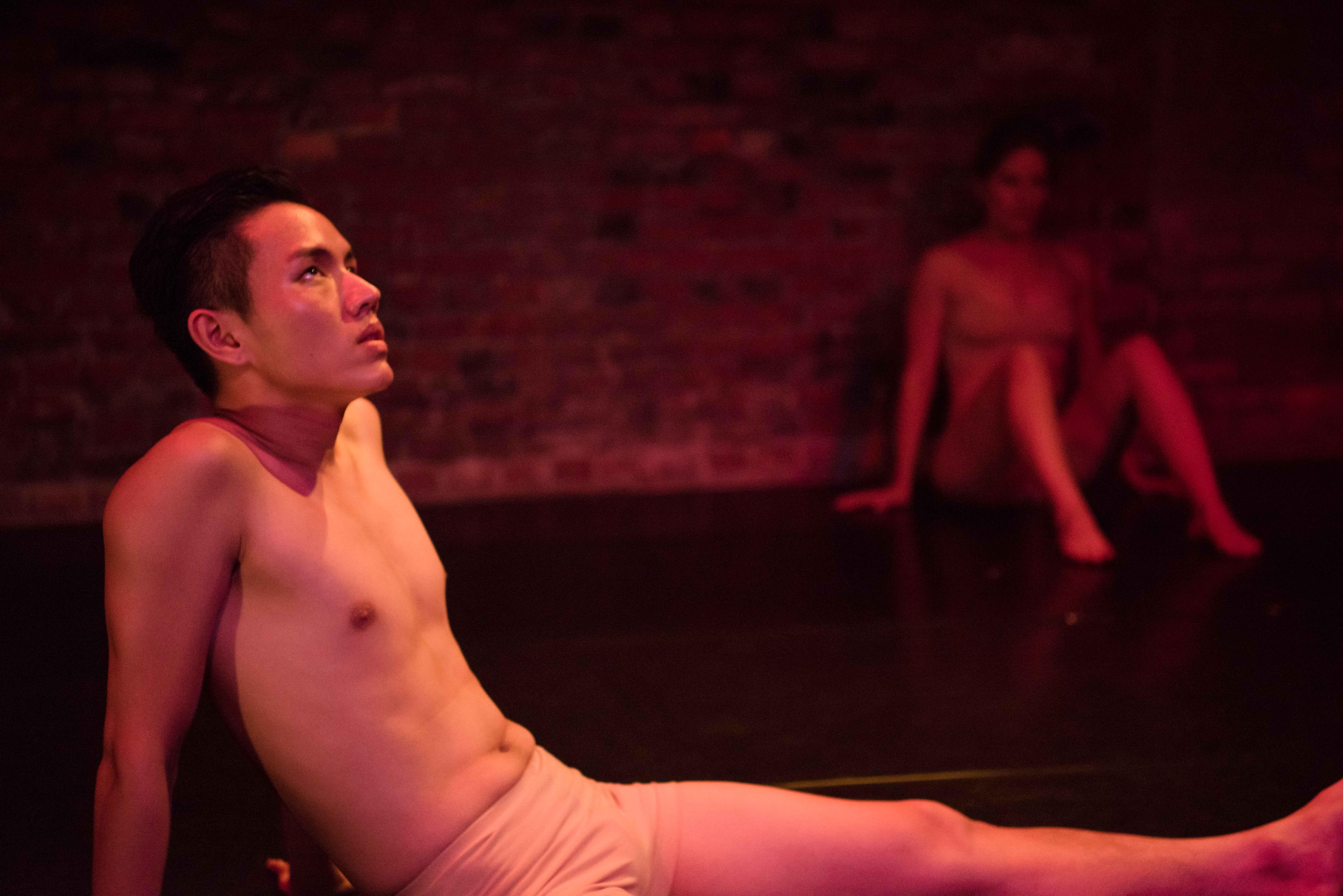 不畏虎《獨幕劇》one-act play