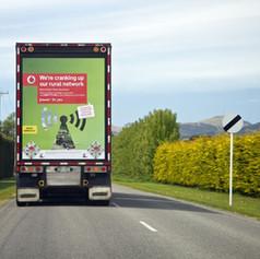 Truck Vodafone.jpg