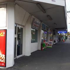 KIT KAT KARORI Minimart.jpg