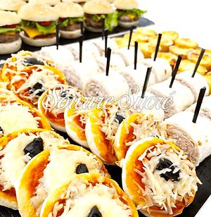 mini pizza - mini roulé - mini burger - buffet roussillon - buffet traiteur - traiteur rou