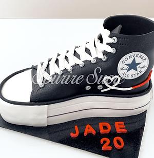 gateau converse - gateau chaussure converse - gateau anniversaire converse - gateau basket