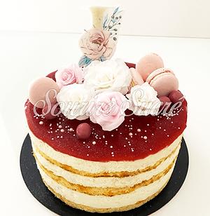 naked cake fraise- nude cake fraise - gateau naked cake - gateau anniversaire naked cake -