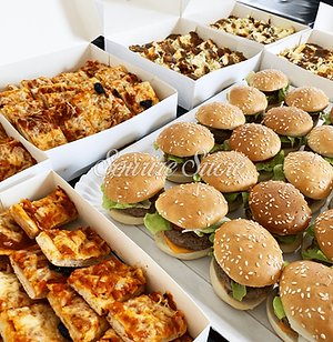 mini pizza - mini quiche - burger - mini