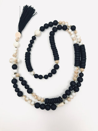 Collier Boho Chic Black and White